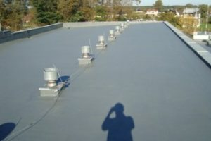 Wodoszczelna membrana na płaski dach z papy
