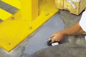 Rust-oleum-zaprawa-do-naprawy-betonu
