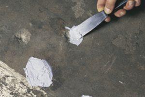 rust-oleum-5140-naprawa-betonu-lekka-zaprawa-naprawcza