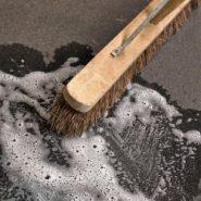 Środki do czyszczenia i odtłuszcanania