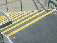 Farby do oznaczeń BHP|  Systemy antypoślizgowe